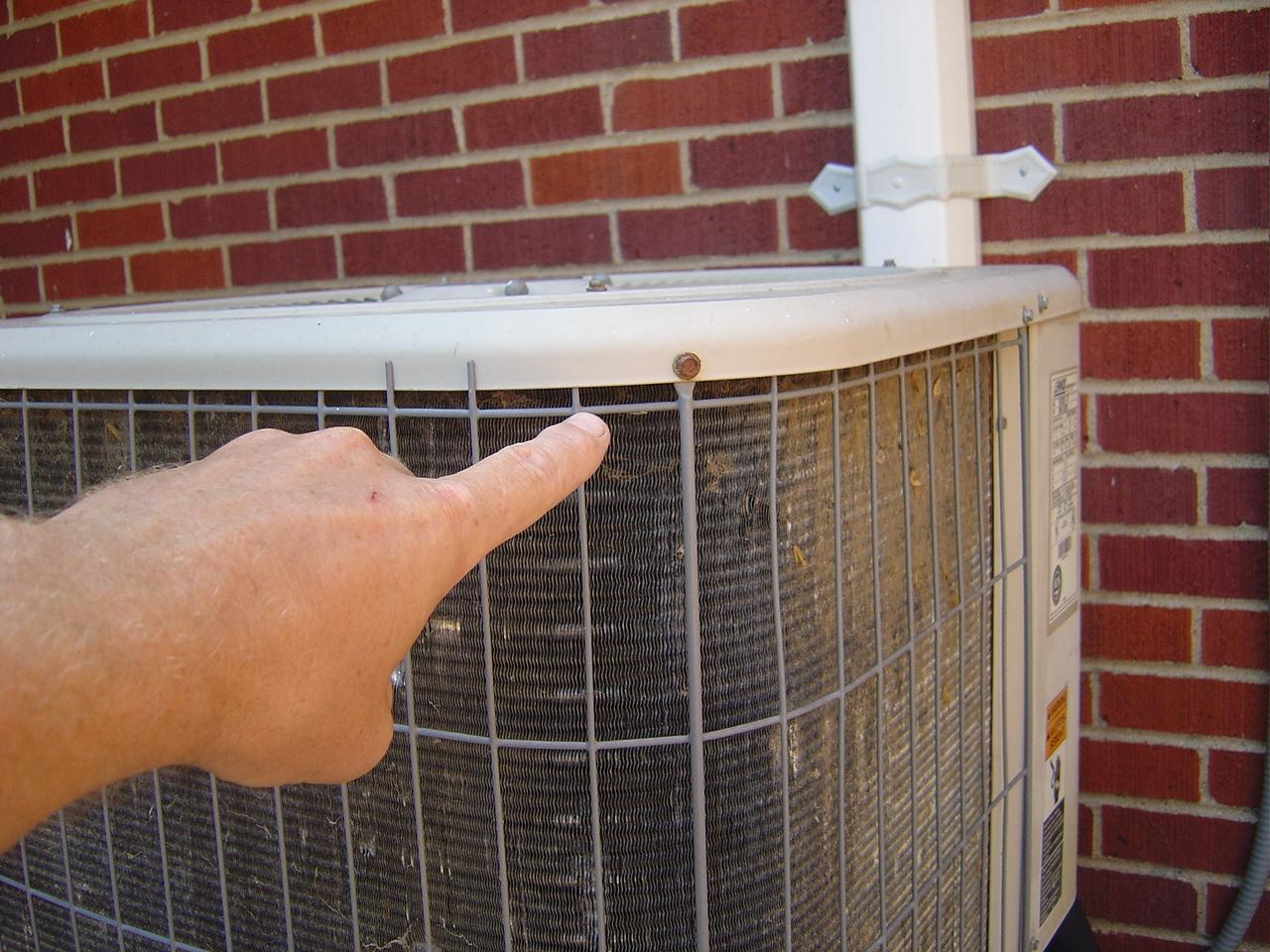 how to clean central air conditioning condenser coils. Black Bedroom Furniture Sets. Home Design Ideas