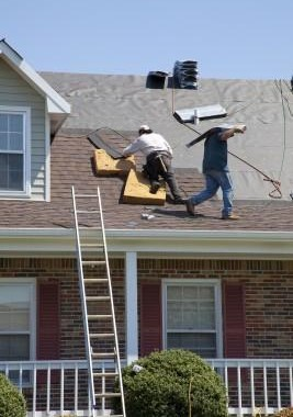 Residential Roofing Contractors Provide Very Different Estimates