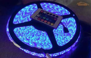 eTopxizu 32.8Ft /10M DC 12V Flexible 5050 RGB LED Strip Light